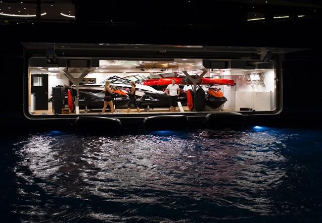 2014 LURSSEN  Mega Yacht 2334114