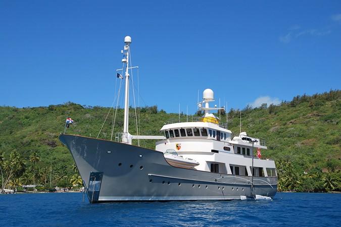 2003 JFA Luxury Exploration Vessel Expedition Yacht 2335187
