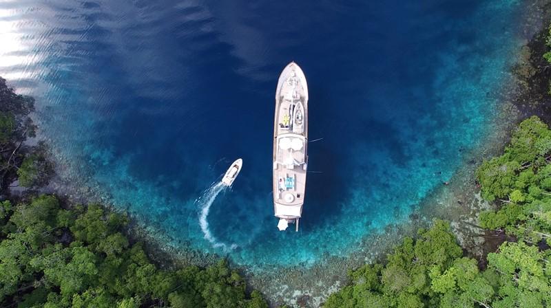 2003 JFA Luxury Exploration Vessel Expedition Yacht 2479058