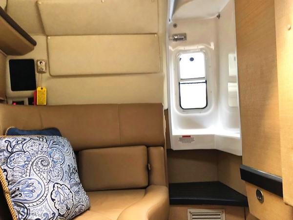 Cabin 2014 COBALT R35/336 Deck Boat 2335401