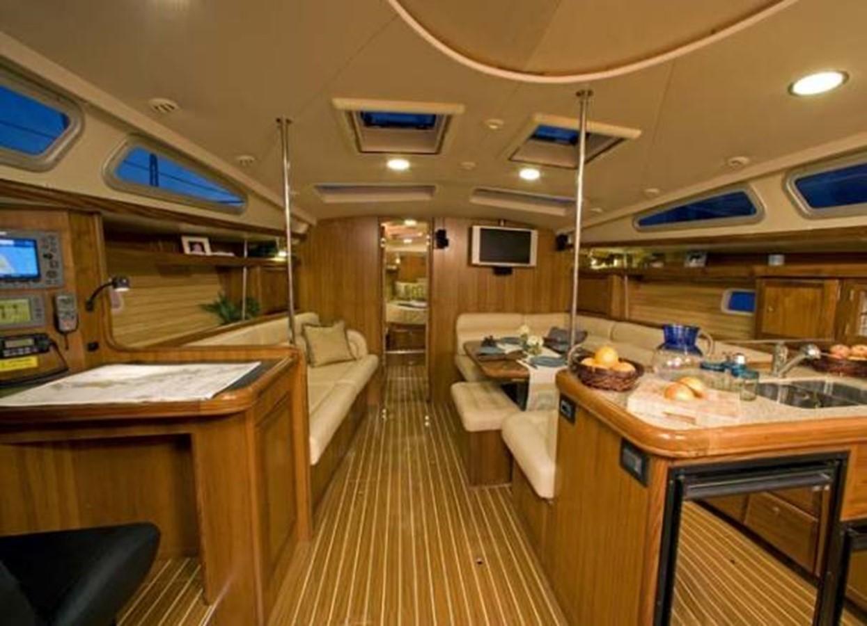 Manufacturer Provided Image 2007 HUNTER 49 Cruising Sailboat 2336187