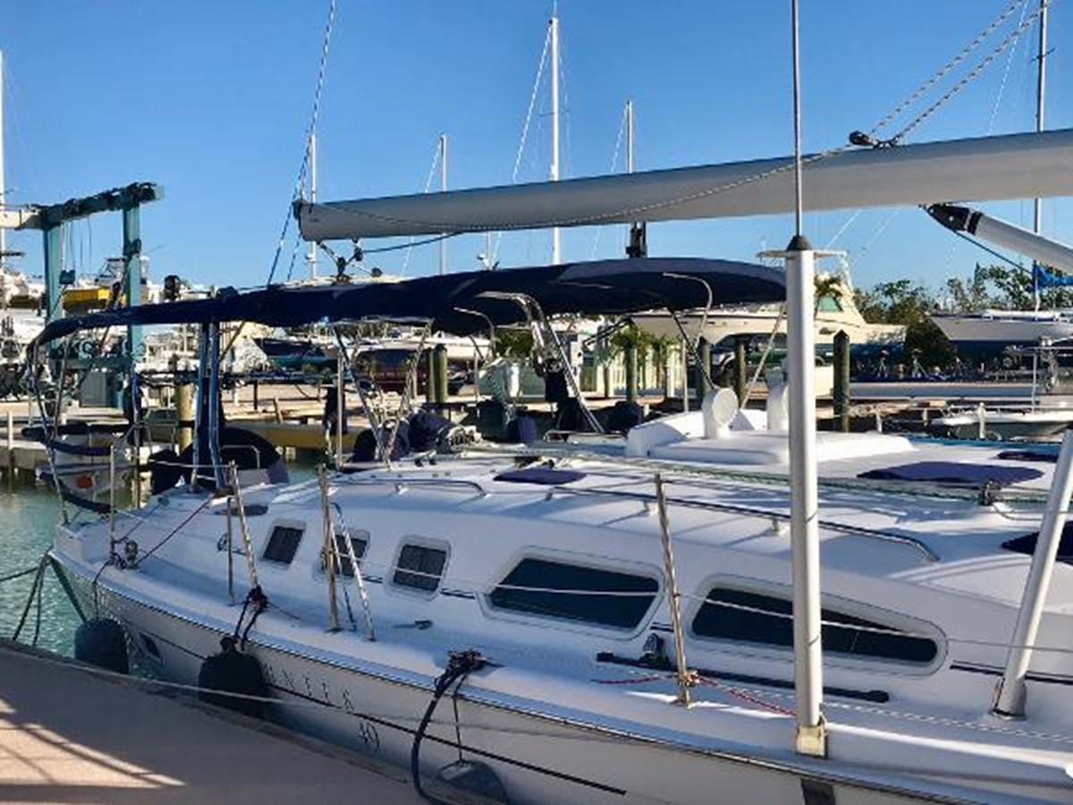 Dockside 2007 HUNTER 49 Cruising Sailboat 2336189