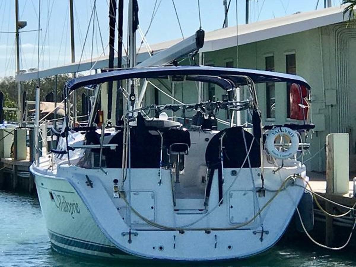 Transom 2007 HUNTER 49 Cruising Sailboat 2336190