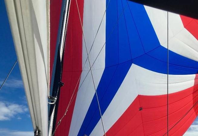 Main Sail 2007 HUNTER 49 Cruising Sailboat 2336188