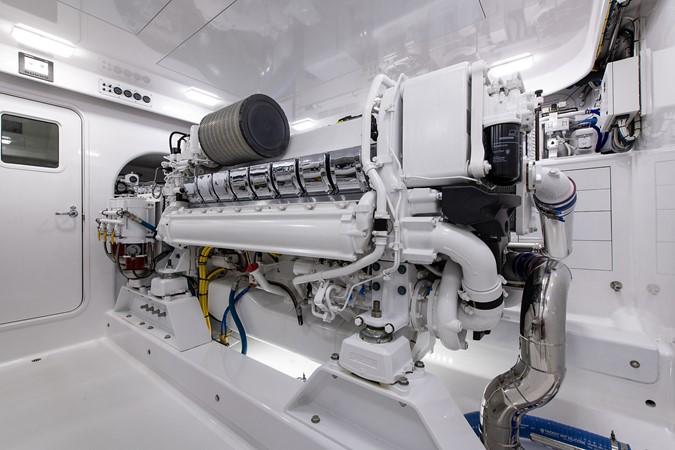 Engine Room 2016 BAYLISS BOATWORKS Sportfish Sport Fisherman 2383247