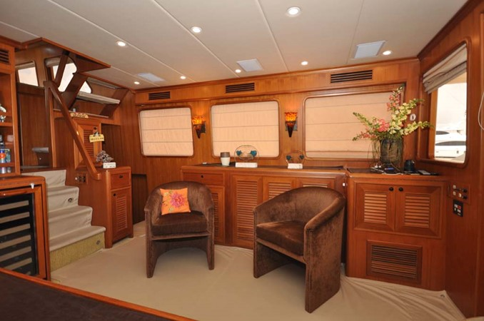 2009 OFFSHORE Out Islander 64 LRC Trawler 2337980