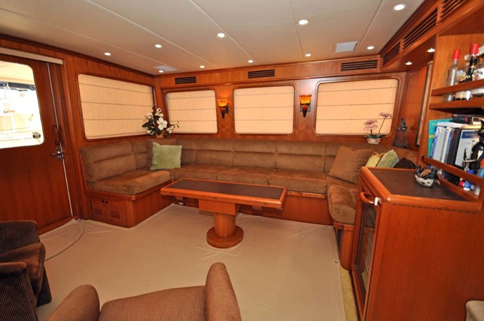 2009 OFFSHORE Out Islander 64 LRC Trawler 2337983