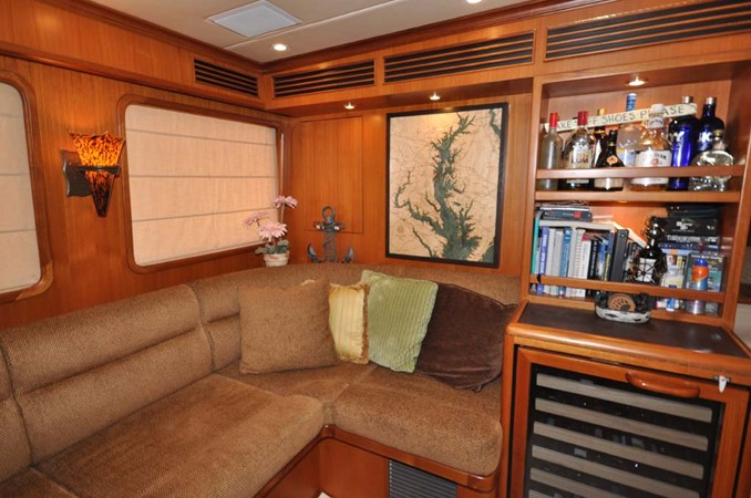 2009 OFFSHORE Out Islander 64 LRC Trawler 2337987