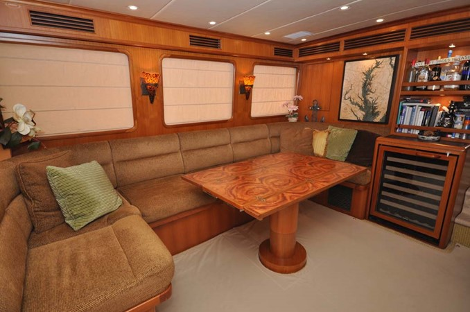 2009 OFFSHORE Out Islander 64 LRC Trawler 2337990