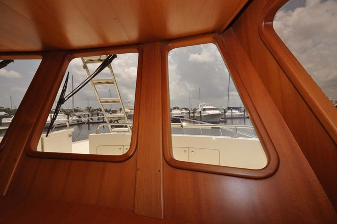 2009 OFFSHORE Out Islander 64 LRC Trawler 2338013
