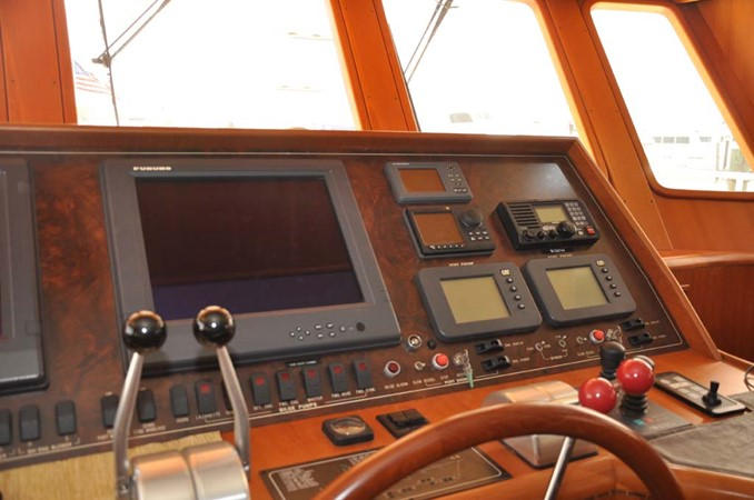 2009 OFFSHORE Out Islander 64 LRC Trawler 2338035