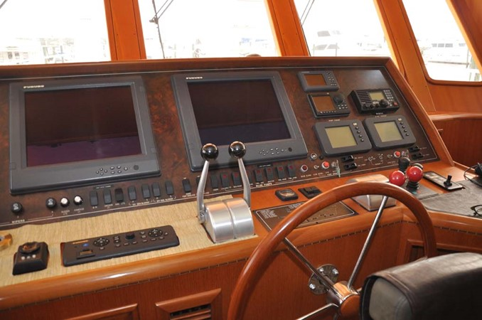 2009 OFFSHORE Out Islander 64 LRC Trawler 2338037
