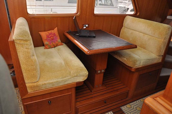 2009 OFFSHORE Out Islander 64 LRC Trawler 2338050
