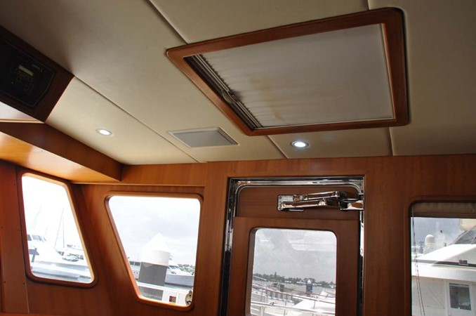 2009 OFFSHORE Out Islander 64 LRC Trawler 2338056