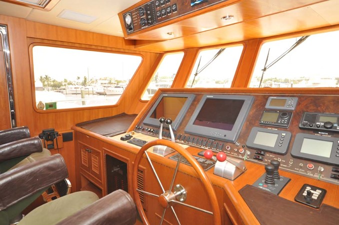 2009 OFFSHORE Out Islander 64 LRC Trawler 2338061
