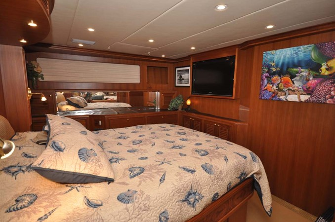 2009 OFFSHORE Out Islander 64 LRC Trawler 2338063