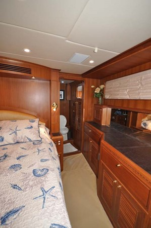 2009 OFFSHORE Out Islander 64 LRC Trawler 2338067