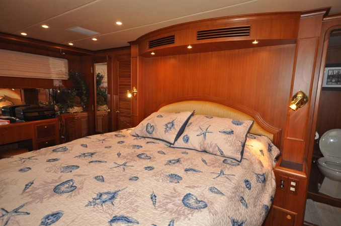 2009 OFFSHORE Out Islander 64 LRC Trawler 2338068