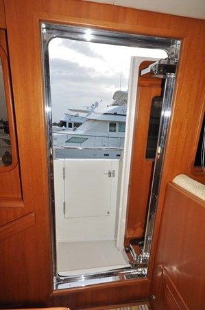 2009 OFFSHORE Out Islander 64 LRC Trawler 2338077