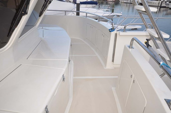 2009 OFFSHORE Out Islander 64 LRC Trawler 2338090