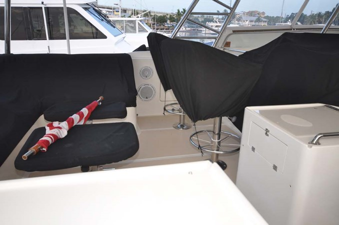 2009 OFFSHORE Out Islander 64 LRC Trawler 2338100