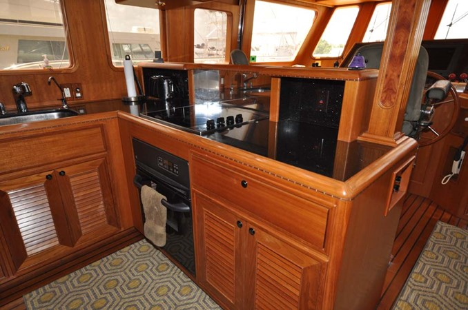 2009 OFFSHORE Out Islander 64 LRC Trawler 2338179