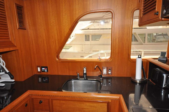 2009 OFFSHORE Out Islander 64 LRC Trawler 2338181