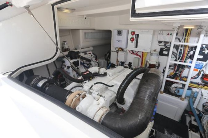 Engine Room 2014 VIKING 42' Open Sport Fisherman 2338316
