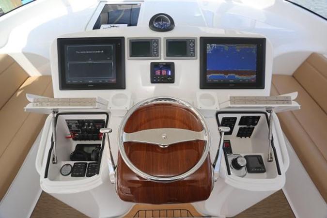 Helm and Electronics 2014 VIKING 42' Open Sport Fisherman 2338324