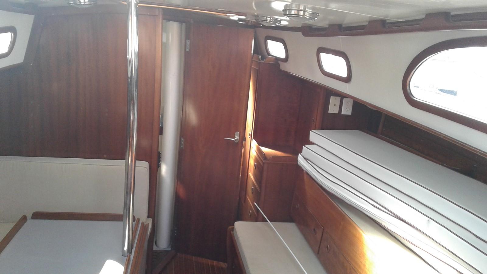 1965 LE COMTE Northeast 38 Classic Yacht 2343896