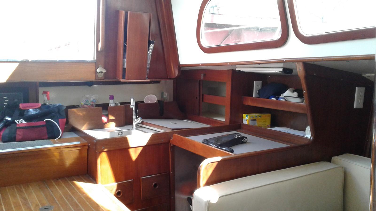 1965 LE COMTE Northeast 38 Classic Yacht 2343898