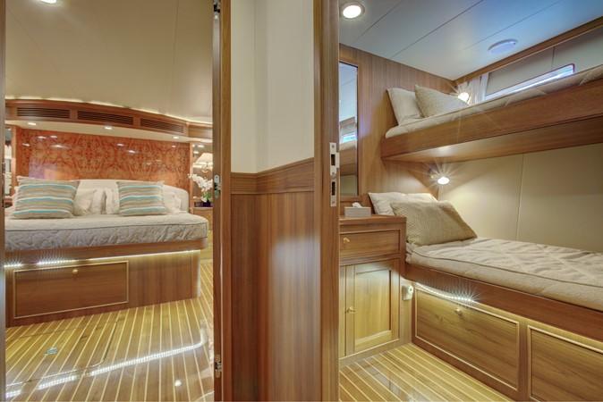 Port Guest  2015 MARLOW 80-ECB Cruiser 2377231