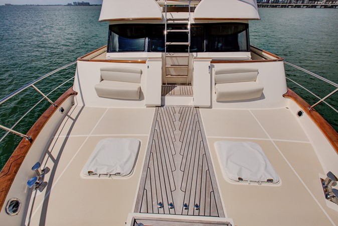 Far Deck Looking Aft 2015 MARLOW 80-ECB Cruiser 2377259