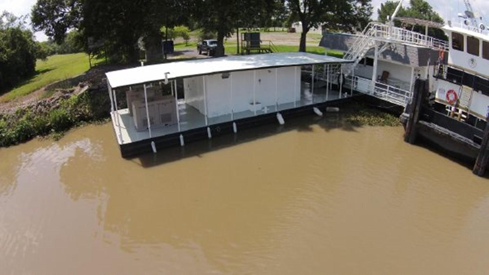 1994 CUSTOM Houseboat Houseboat 2347291