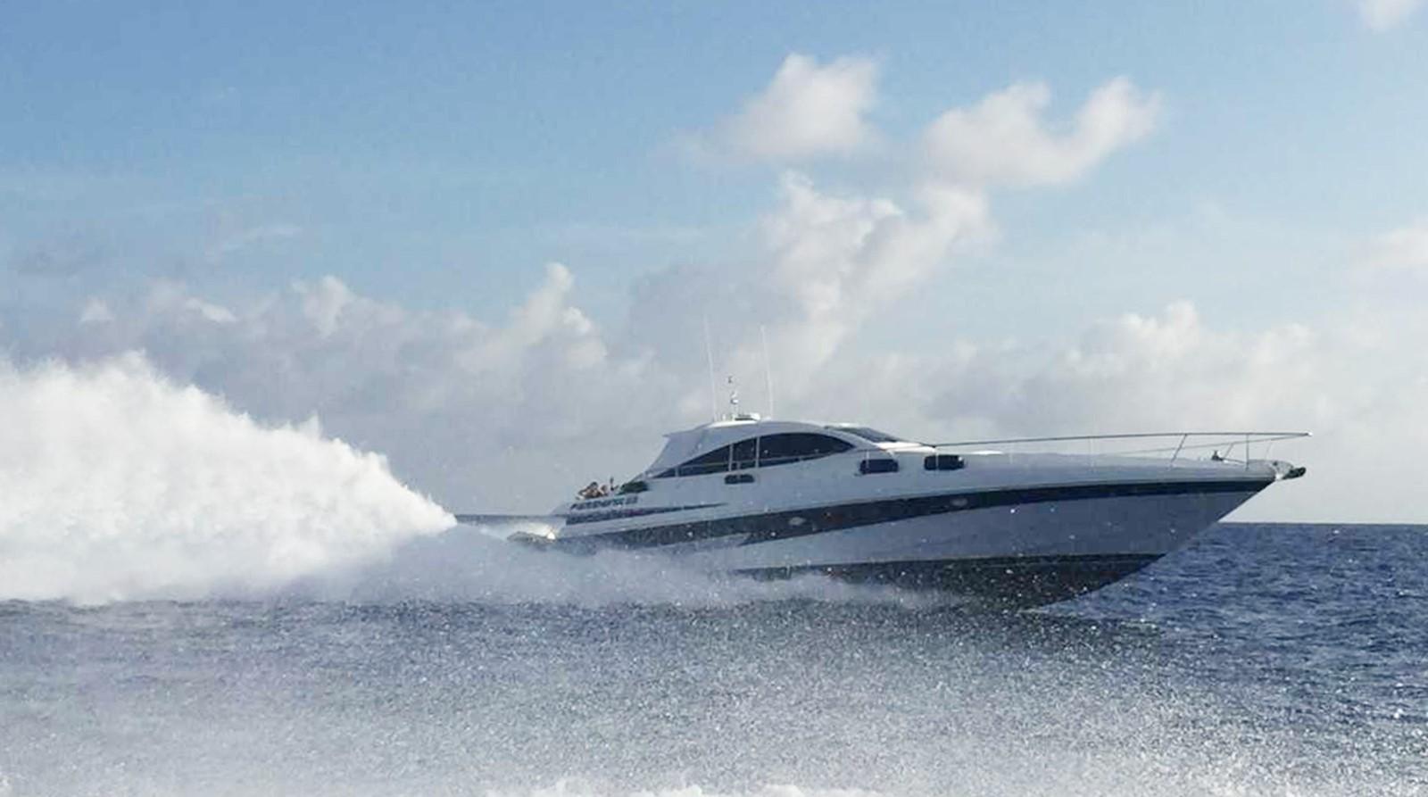 2000 PERSHING 65 Motor Yacht 2350340
