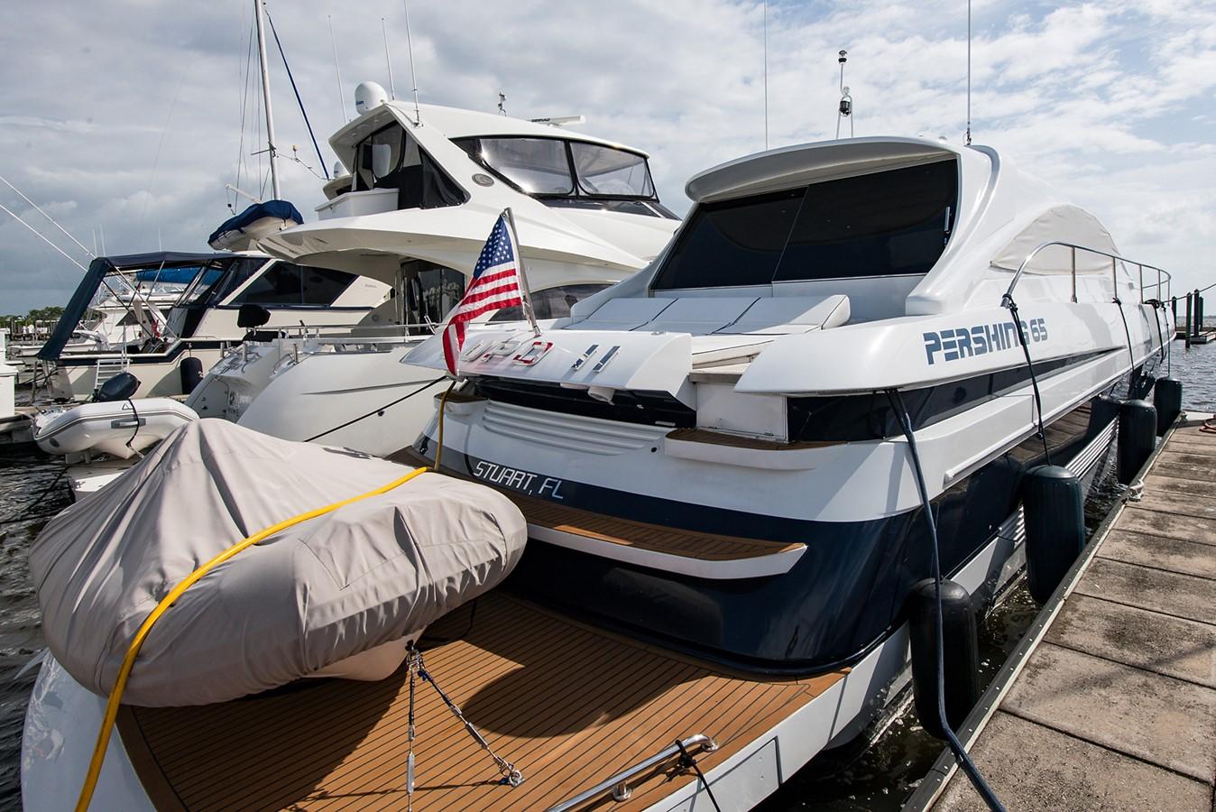 2000 PERSHING 65 Motor Yacht 2350347