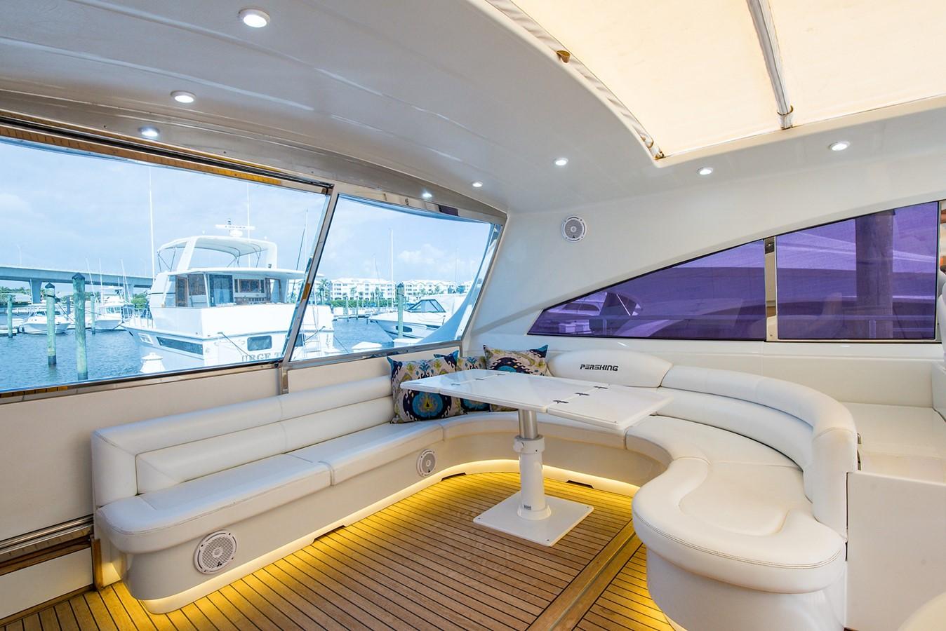 2000 PERSHING 65 Motor Yacht 2350371