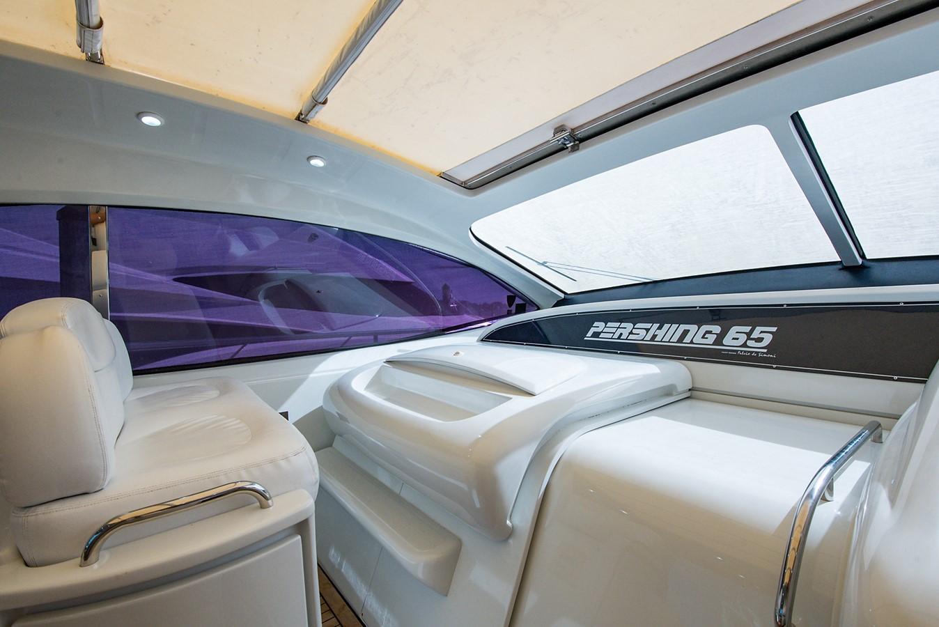 2000 PERSHING 65 Motor Yacht 2350377