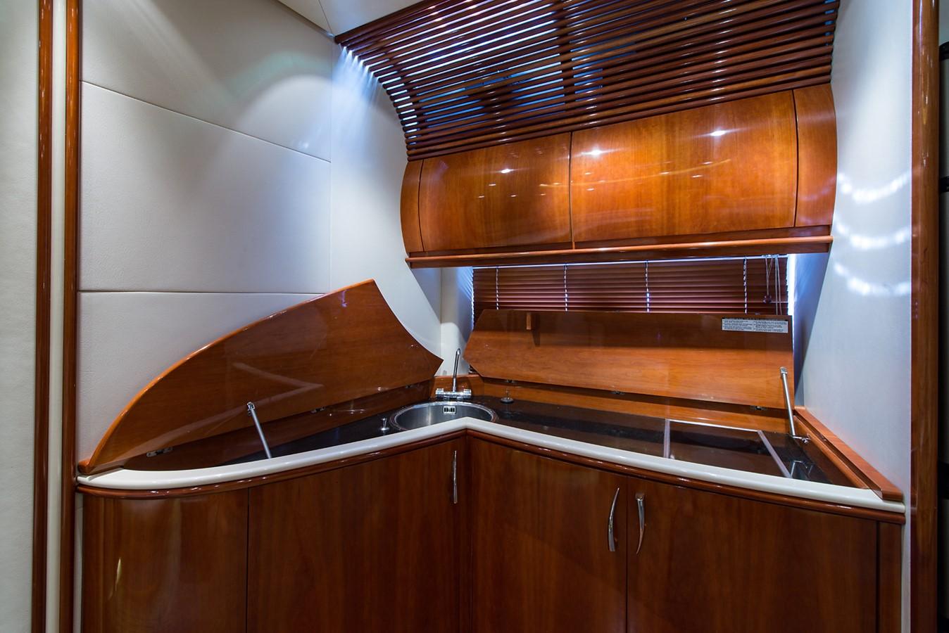 2000 PERSHING 65 Motor Yacht 2350400