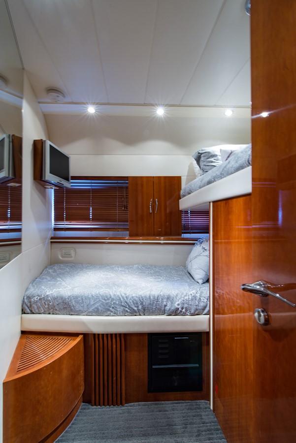 2000 PERSHING 65 Motor Yacht 2350405
