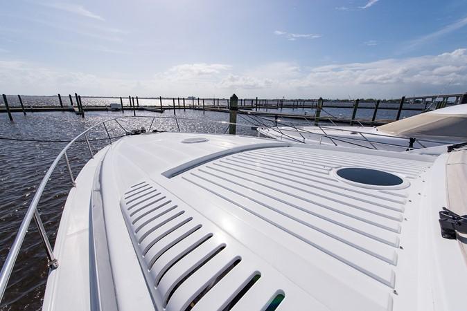 2000 PERSHING 65 Motor Yacht 2350353