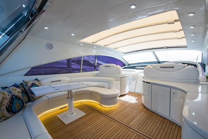 2000 PERSHING 65 Motor Yacht 2350368