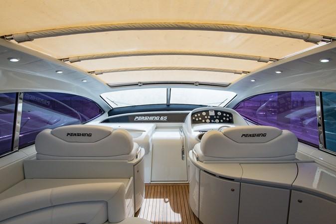 2000 PERSHING 65 Motor Yacht 2350375