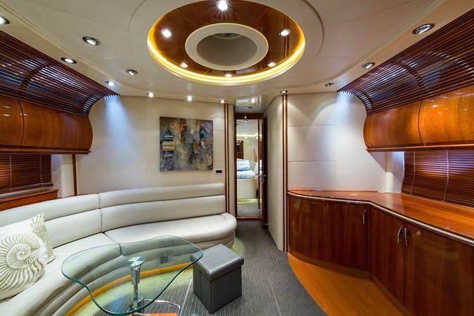 2000 PERSHING 65 Motor Yacht 2350420