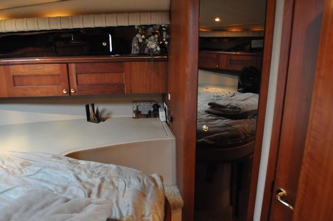 2002 Cruisers Yachts  Motor Yacht 2454454