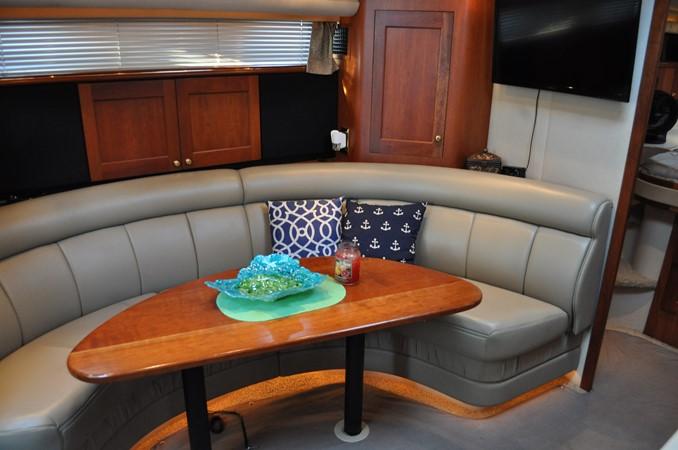2002 Cruisers Yachts  Motor Yacht 2454456