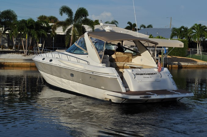 2002 Cruisers Yachts  Motor Yacht 2454467