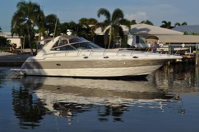 2002 Cruisers Yachts  Motor Yacht 2454469