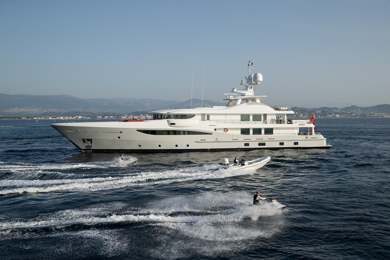 GRACE - Still with toys 2009 AMELS 171 Limited Edition Motor Yacht 2841383