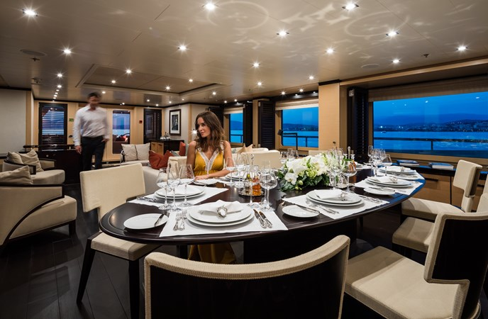 GRACE - Main deck dinning 2009 AMELS 171 Limited Edition Motor Yacht 2841378
